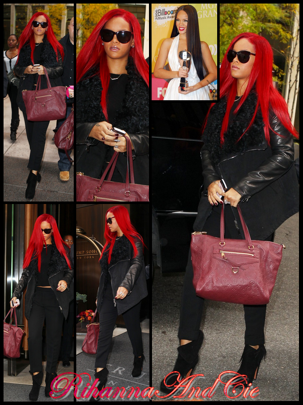 -- Lundi 15 Novembre 2010 : Rihanna a était aperçu avec une nouvelle coupe quittant son hôtel de New-York aujourd'hui. La belle aborde désormée un coupe longue et très lisse comme en 2006 a l'époque de son second opus « A Girl Like Me » sauf que cette fois c'est en rouge..--