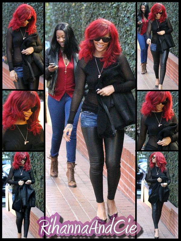 """-- ▬ Jeudi 06 Janvier 2011 : Rihanna a était aperçue en compagnie de sa Best Friend Forever Melissa se rendant au magasin « Fred Segal » qui se trouve à Los Angeles. La chanteuse de """"What's My Name"""" a opté pour un look plutôt discret, noire avec un jean's/legging, des escarpins signés Louboutin ainsi qu'un collier avec un gun en pendentifs.. La belle tournera se Week-End le clip de """"Fly"""" en duo avec son amie, la belle est non moins talentueuse Nicki Minaj avec qui elle aurais décider d'emménager, affaire a suivre .. --"""