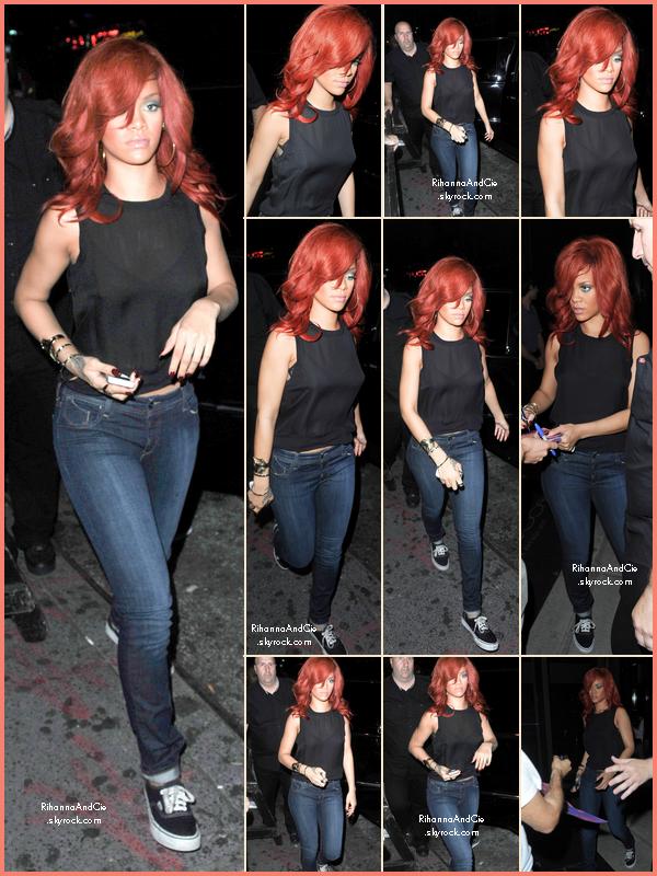 -- ▬21 Juillet 2011 : Rihanna rejoint l'after-party de son concert pour y faire la fête jusqu'à 6h du matin..  --