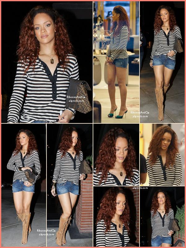 -- ▬28 Juillet 2011 : Rihanna et des cheveux bruns a été apperçue en pleine scéance de shopping à Beverly Hills..  --