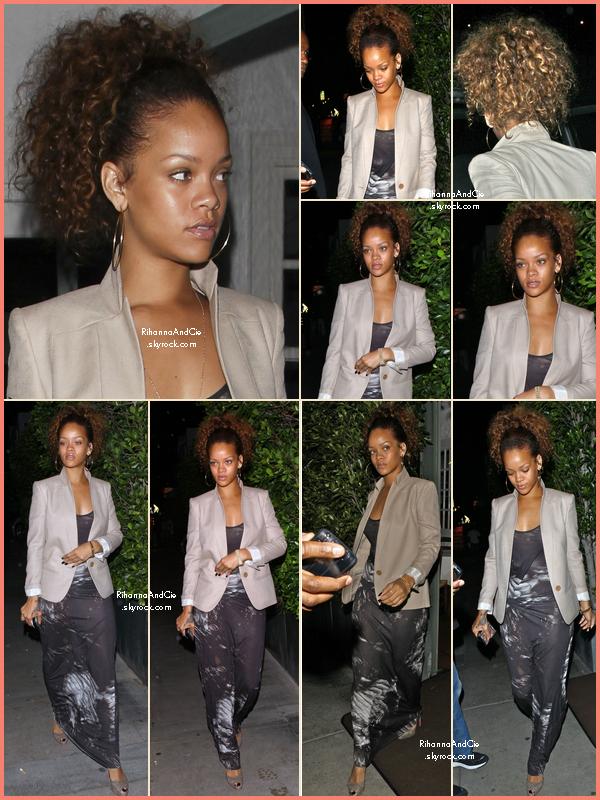 -- 12 Août 2011 : Rihanna a était apperçue dans la ville de Los Angeles quittant le restaurant Giorgio Baldi.. --
