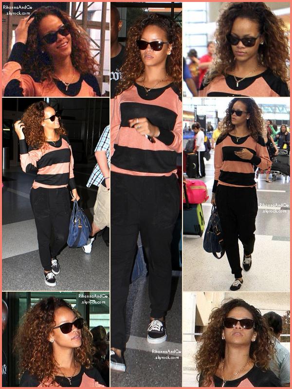 -- 13 Août 2011 : Rihanna et ses Vans ont étaient vus à l'aéroport LAX toujours dans la ville de Los Angeles.. --
