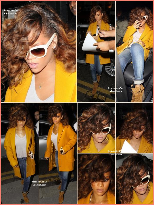 -- 19 Août 2011 : Rihanna de sortit au restaurant Nozomi toujours dans la ville de Londres au Royaume-Unis.. --