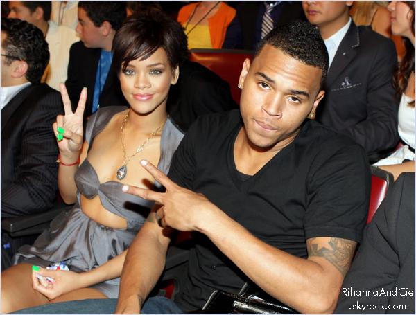 - - L'histoire de Rihanna & Chris Brown : Une histoire sans fin ?..- -
