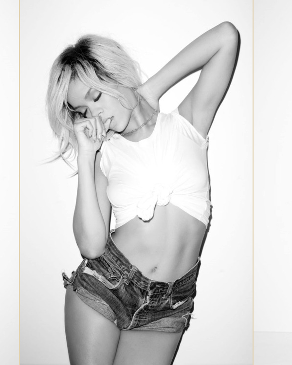 - - Photoshoot de Rihanna par Terry Richardson : - -