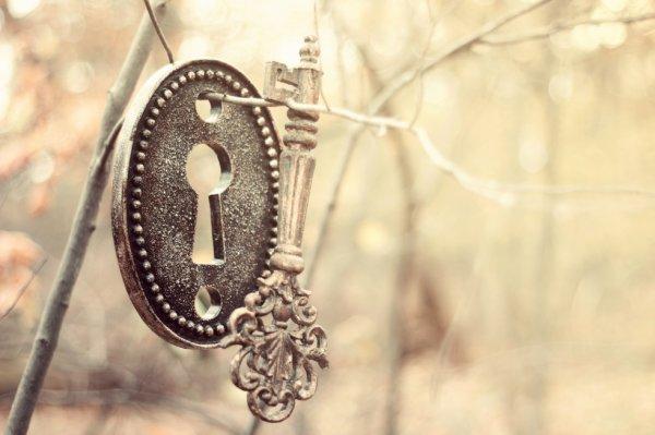 Vous êtes maître de votre vie et qu'importe votre prison, vous en avez les clefs.