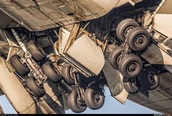 PRENDRE LES COMMANDES D'UN BOEING 747