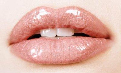 Lèvres hyper sèches