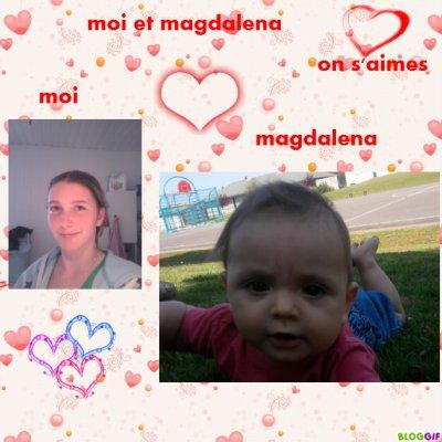 moi et magdalena on s'aimes et magdalena dans sa poucette