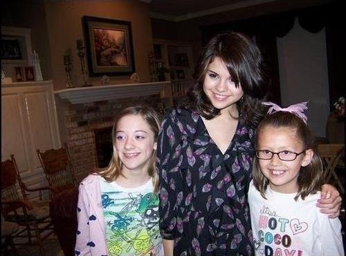 rare photos Selena