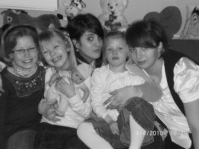 Ma Famille , celle qui me Permet de sourire :)