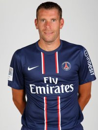 Rennes : Armand signe