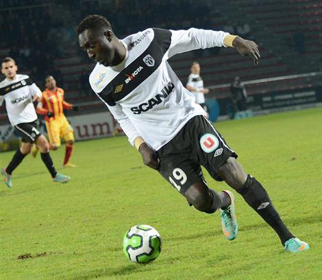 Ligue 2 : Fall descend en National, Loriot y reste
