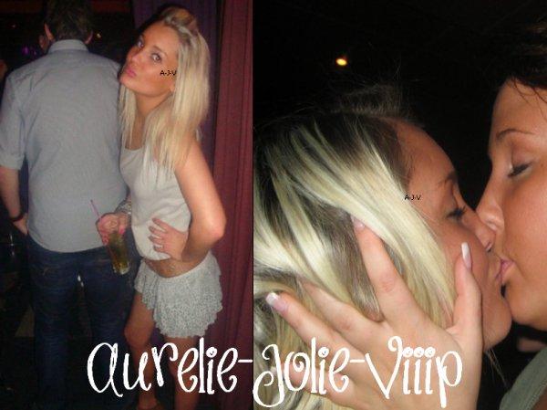 Aurélie en soirée.