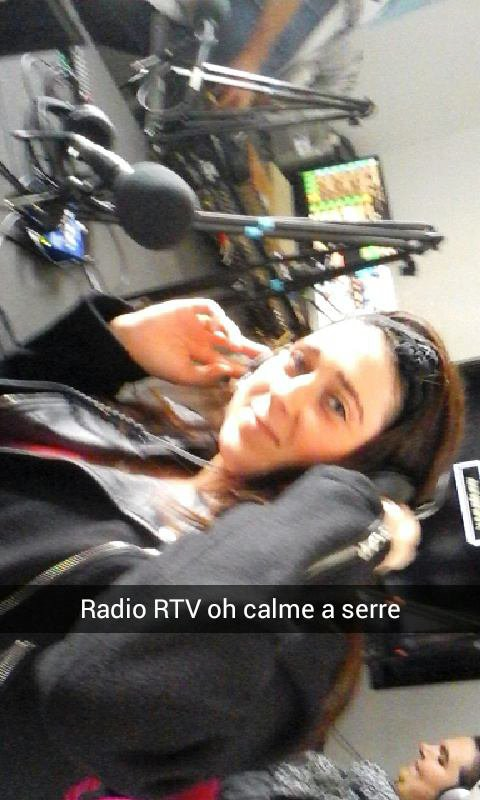 Moi a la radio