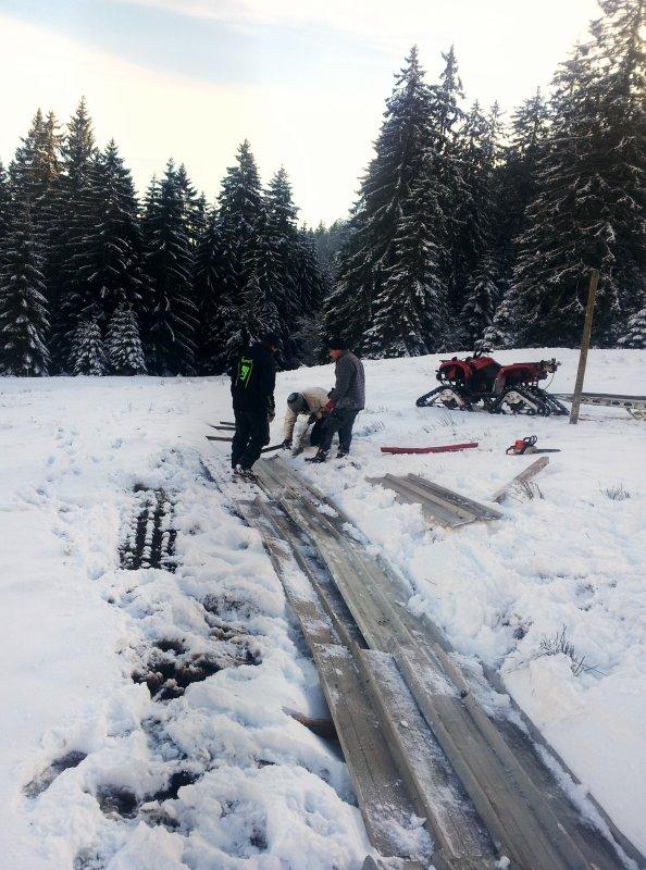 En attendant la neige nous améliorons les passages de rigole, en espérant vous accueillir très prochainement dans notre belle station.