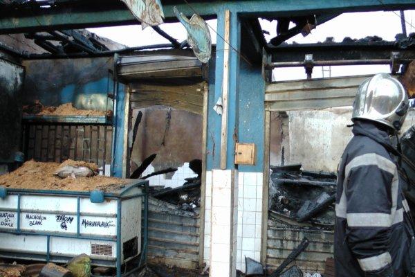 Dschang : Près de trois comptoirs du marché B brulé. L'origine des flammes reste inconnue.