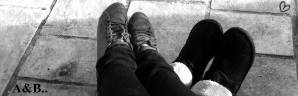 C'est une erreur de penser qu'on puisse être heureux en étant seul, alors s'il te plait reste toujours avec moi♥.