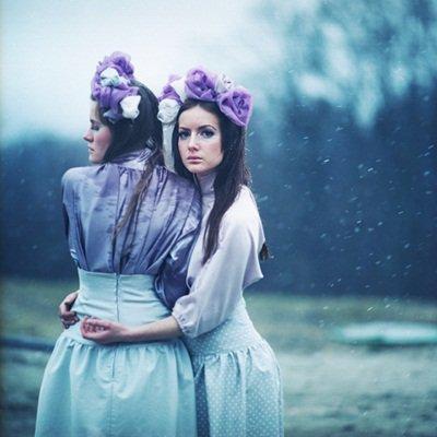 Et soudain je deviens une partie de ton passé, je deviens la partie qu'on oublie et je te perds sans difficulté.