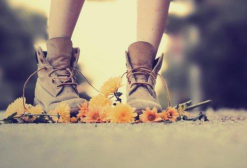 Je ne cesse de virevolter sur les différents chemins que m'apporte la vie.