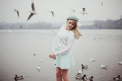 Je me rappelle de ton sourire troublant qui restera ma plus belle image de toi.