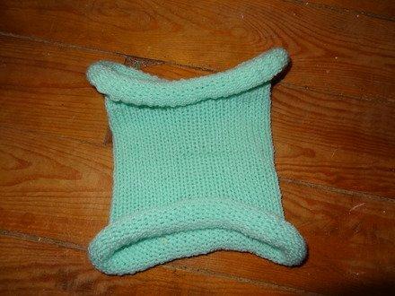 d'autres écharpe sans noeud  et du bonnet pour cette hiver