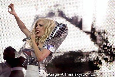 Quand tu as des problèmes par dessus la tête .. Danse tous simplement. !                      by Gaga .. ♥