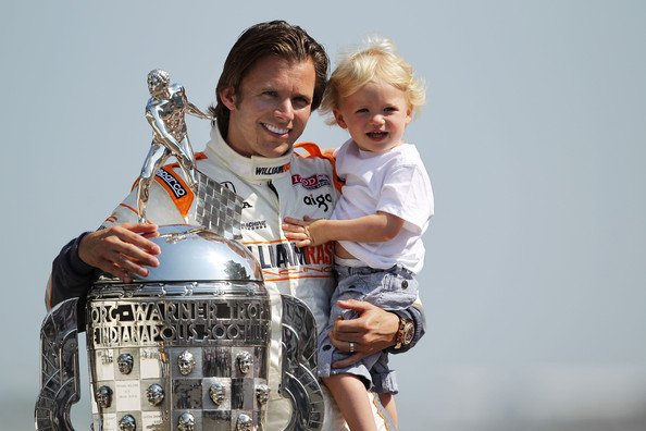 Plaque de la victoire de Dan a l'Indy 500 en 2005!!!
