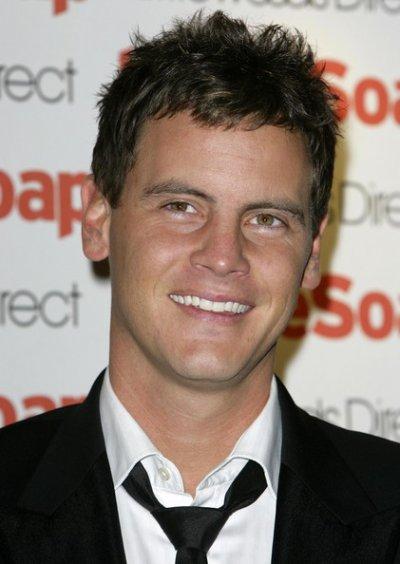 Dan O'Connor ( Dean Olson )