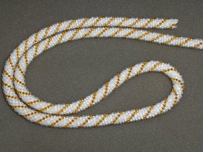 Spirale crochetée blanche et or !