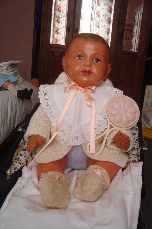 J'ai adopté un nouveau bébé ....je ne me lasse pas de le regarder....!