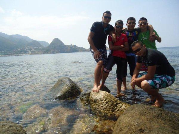 Avec Mes Amis à_____jijeL