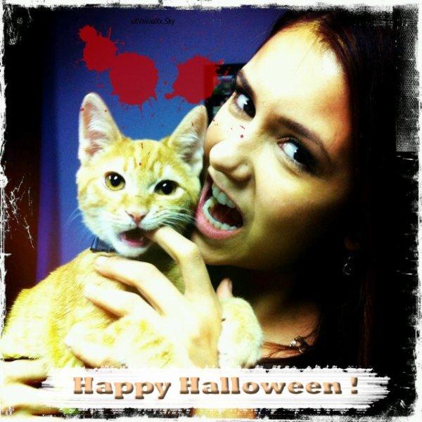 Rawrrr....Vamp Kitty !