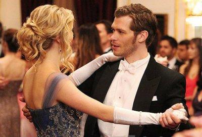 Vampire Diaries saison 3 : où en sont Klaus et Caroline ?