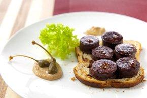 Toast de cramique au boudin noir aux raisins