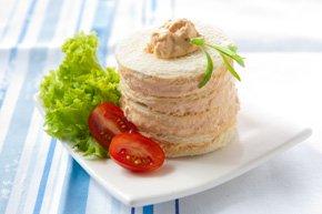 Mille-feuille de pain blanc à la mousse de truite saumonée