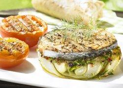 Saumon mariné au fenouil braisé