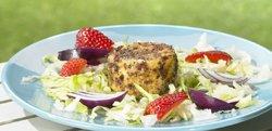 Salade au fromage de chèvre doré et aux fraises