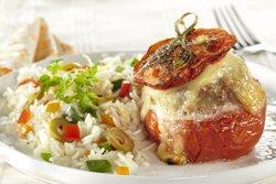 Tomates farcies et riz aux légumes ( Colruyt )