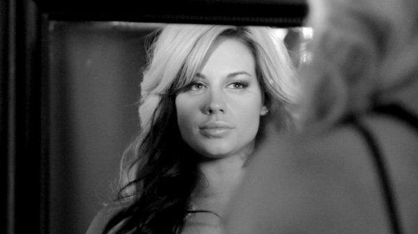 Elles sont magnifiques (Kaitlyn, Nikki, Brie Layla)