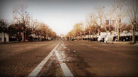 Les Champs-élysées..