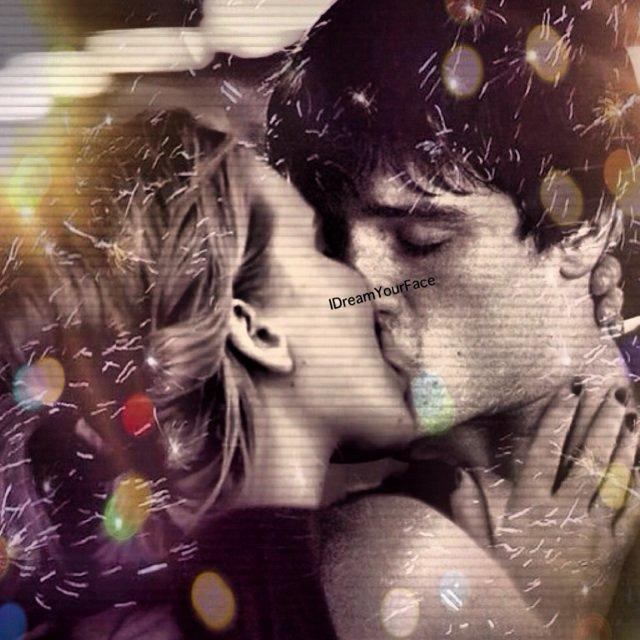 """"""" D'une certaine façon, je suis amoureux de Jennifer."""" ©JoshHutcherson"""