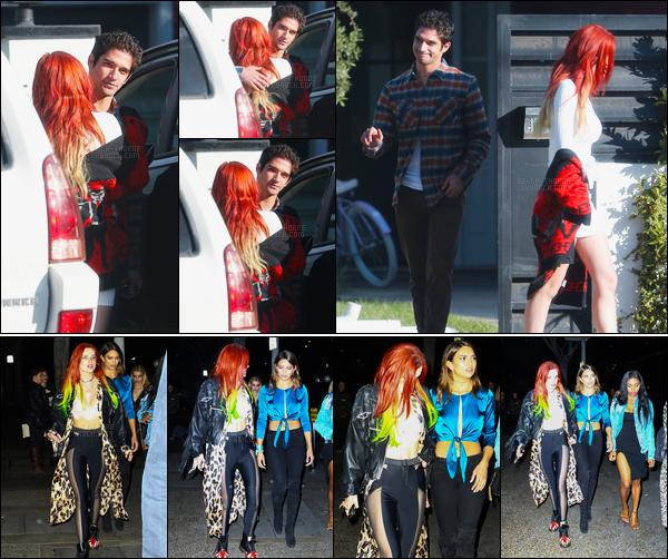 - 19/11/16 : B.Thorne a été aperçue devant sa demeure enlaçant son petit-ami Tyler Posey à Los Angeles.Et c'est de nuit que Bella Thorne fût aperçue ce même jour avec des amies sortant d'une after-party toujours dans Los Angeles... • Top or Flop ? -
