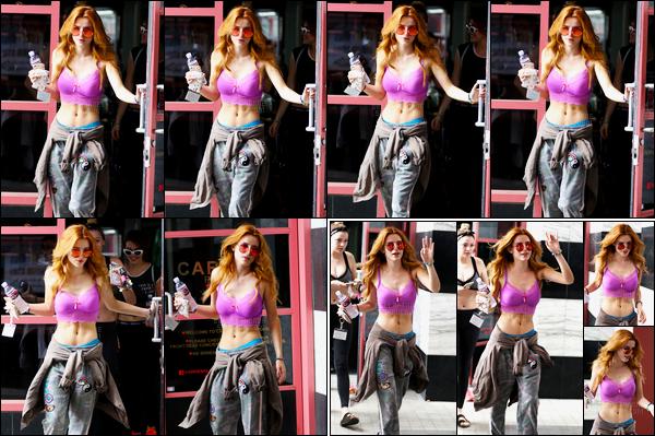 - 13/09/16 : La jolie Bella a été photographiée quittant son cours de yoga dans la ville de West Hollywood. Wow, je trouve B.Thorne vraiment canon sur ce candid ! De la tête au pieds, elle est juste parfaite, je n'ai vraiment rien à redire... • Top or Flop ? -