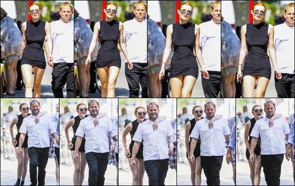 - 09/08/16 : La jolie miss B.Thorne a été photographiée dans les rues ensoleillées de Montreal - (Canada).Bella prenait visiblement du bon temps en compagnie de quelques amis dans la charmante ville canadienne, bref : sourire et soleil ! • Top or Flop ? -
