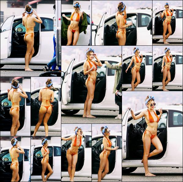 - ..22/05/16.. - Notre sexy Bella Thorne a été repérée sur le set d'un photoshoot près d'une plage de Malibu.La belle posait pour le magazine US «Galore». D'ailleurs, vous pouvez désormais retrouver l'intégralité de ce photoshoot sur cet article ! Sexy, non ? -