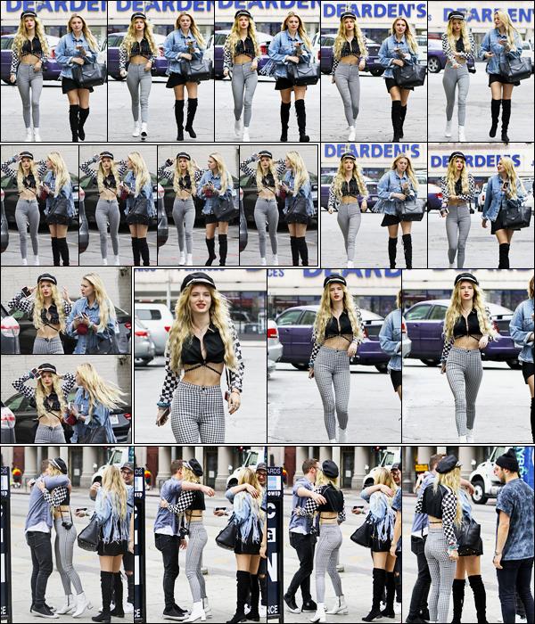- ..08/06/17.. ─ La sexy Bella Thorne a été repérée sur le set d'un photoshoot dans les rues du quartier de Hollywood.J'adore vraiment la tenue de notre actrice qui s'est improvisé mannequin le temps d'une séance photo, que j'ai très hâte de voir... • Top or Flop ? -