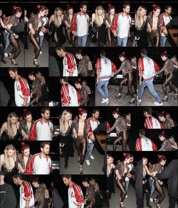 - ..22/06/17.. ─ Bella.T a été vue quittant la soirée d'anniversaire de Lana Del Rey au nightclub 1OAK de Los Angeles.La jolie miss Thorne était accompagnée par Lo Jeannee, une de ses meilleures amies, ainsi qu'étonnamment, de Scott Disick... • Top or Flop ? -