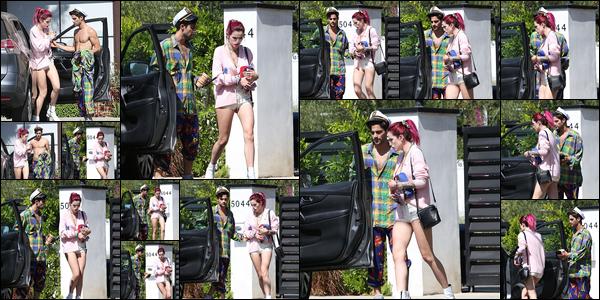 - ..23/07/17.. - Notre miss Bella Thorne a été vue devant son domicile de Sherman Oaks avec Max Ehrich !Les deux jeunes artistes passent beaucoup de temps ensemble, mais ce n'est pas ce que vous croyez ! Notre miss Thorne n'est pas en couple avec lui. -
