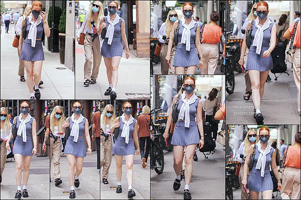 * '•-08/09/21 ─-' Madelaine Petsch a été photographiée, lorsqu'elle se promenait dans les rues de la ville de New York City. Madelaine s'est rendue à New York pour la semaine de la Fashion Week. Madelaine est très belle. J'aime beaucoup sa tenue. Donc un Top *